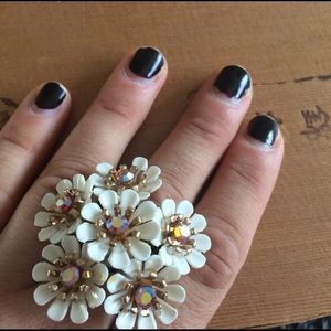 Large Adjustable Vintage 60s flower daisy ring